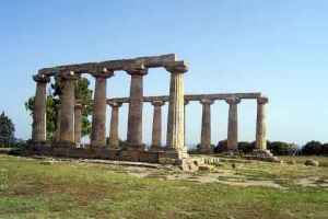Hero Temple, Metaponto, Basilicata, Italy