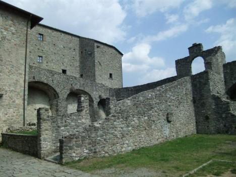 Piagnaro Castle