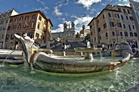 Fontana della Barcaccia, Piazza di Spagna, Rome, Lazio, Italy