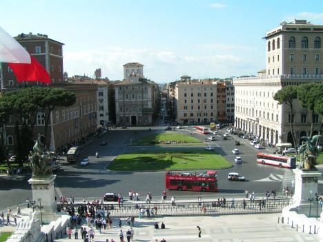 Piazza Venezia, Rome, Lazio, Italy