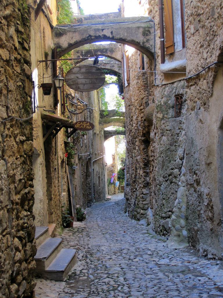 Bussana Vecchia Street Liguria Italy Visititaly Info