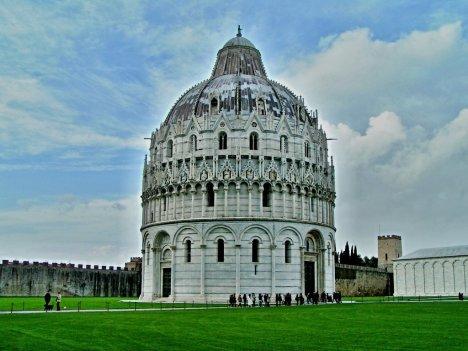 Pisa Baptistry, Tuscany, Italy