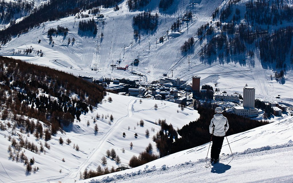 Best Skiing Resorts in Italy for Weekends