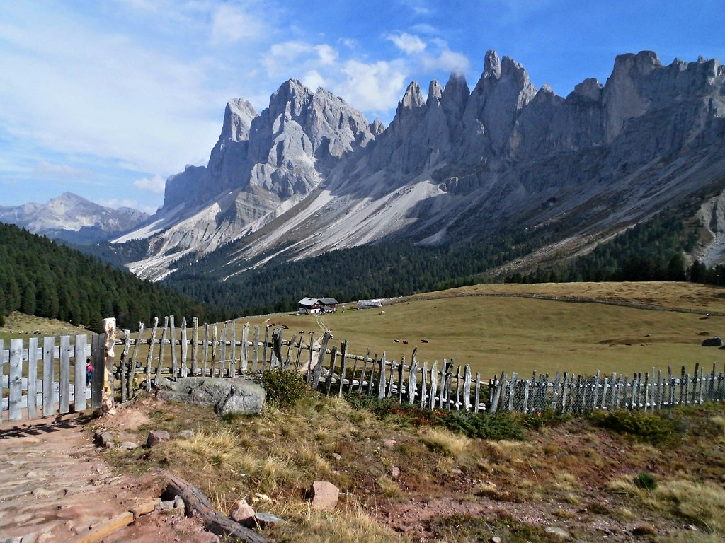 Val di Funes – a fairy tale mountain landscape in the Dolomites