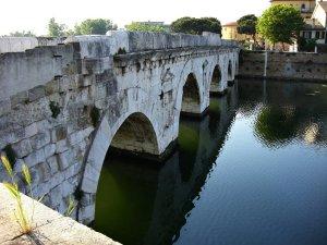 Roman bridge Ponte di Tiberio, Rimini