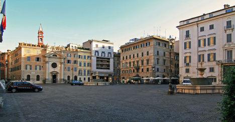 Piazza Farnese, Rome, Lazio, Italy