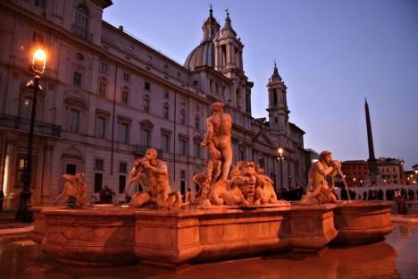 Fontana del Moro, Piazza Navona, Rome, Lazio, Italy