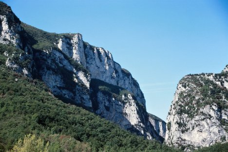 Frasassi gorge, Marche, Italy