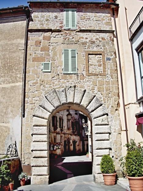 Porta di Sopra, Sorano, Tuscany, Italy
