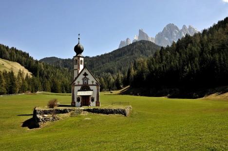 San Giovanni in Ranui church, Val di Funes, Dolomites, Italy
