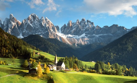 dolomites-mountains-italy