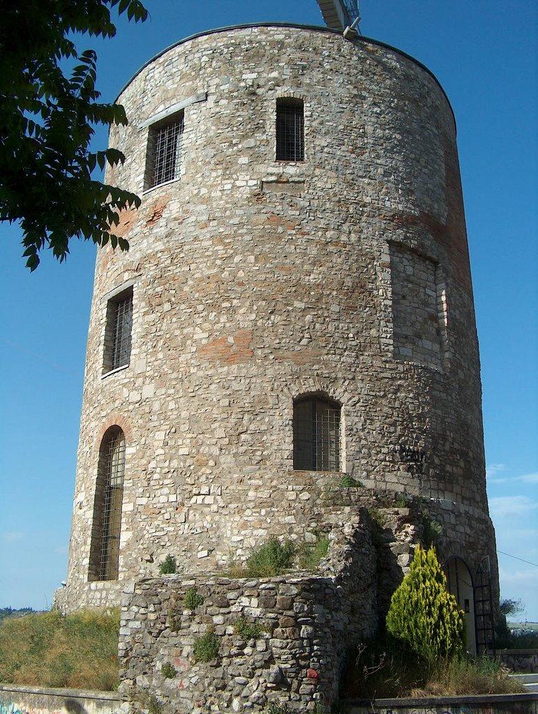 Guevara Tower