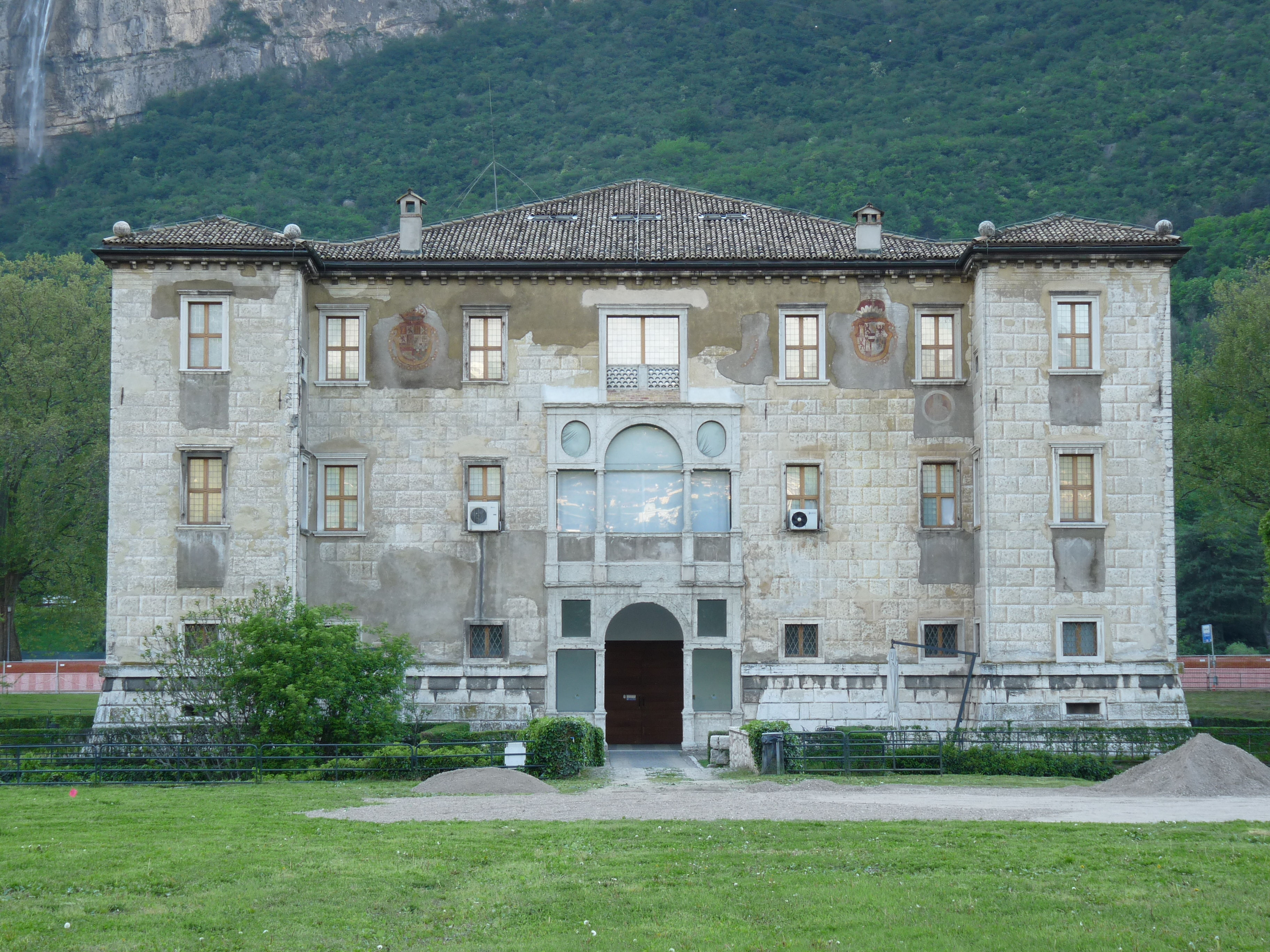 Albere Palace